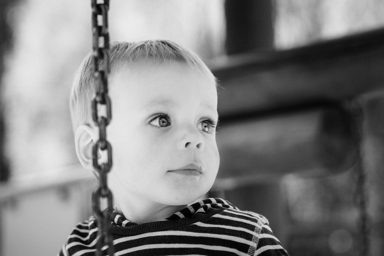 Schwarz-Weiß Kinderportrait