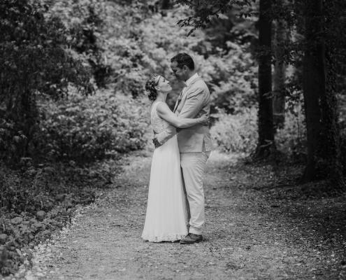 Paarshooting im Wald - Hochzeitsfotografie Aachen