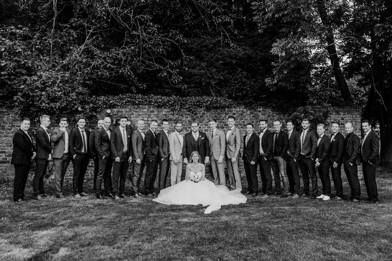Gruppenbild Bräutigam mit seinen Jungs